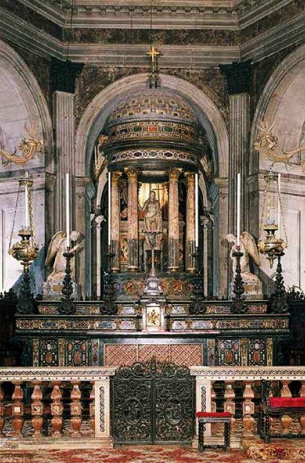 Garavaglia: Altare Maggiore.