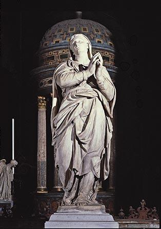 Fontana: La Madonna del fastigio della facciata (ora nel retrocoro).
